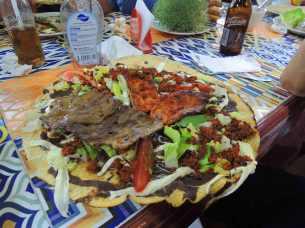 Tlayuda - Pizza auf Mexikanisch
