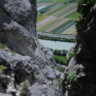 die erste Seillänge ist ein steile Rinne
